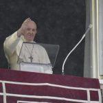 """Papa no Angelus: Jesus nos pede uma fé que muda a vida, não """"de fachada"""""""