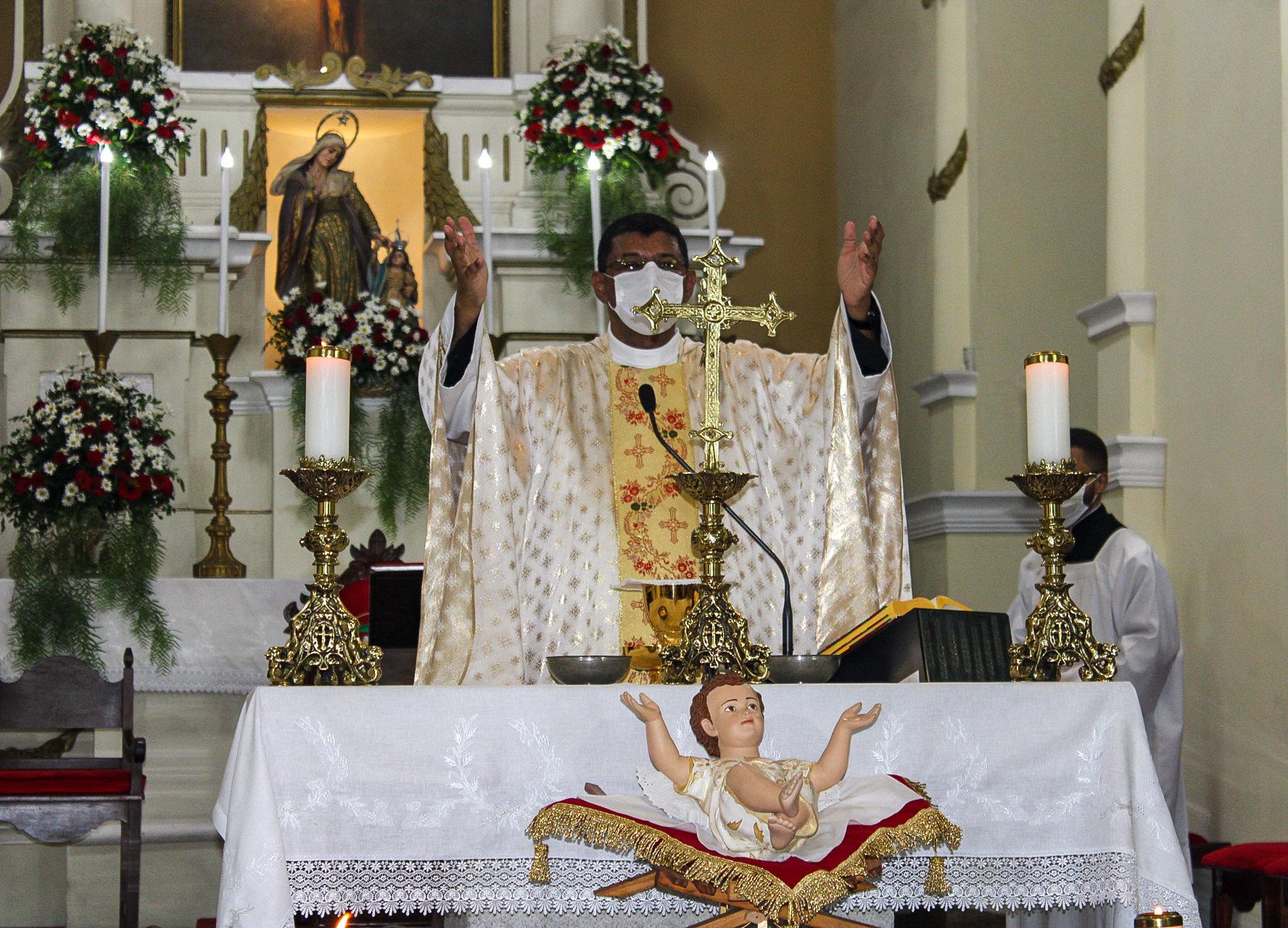 Solenidade do Natal de Nosso Senhor Jesus Cristo | Missa do Dia - 25/12/2020