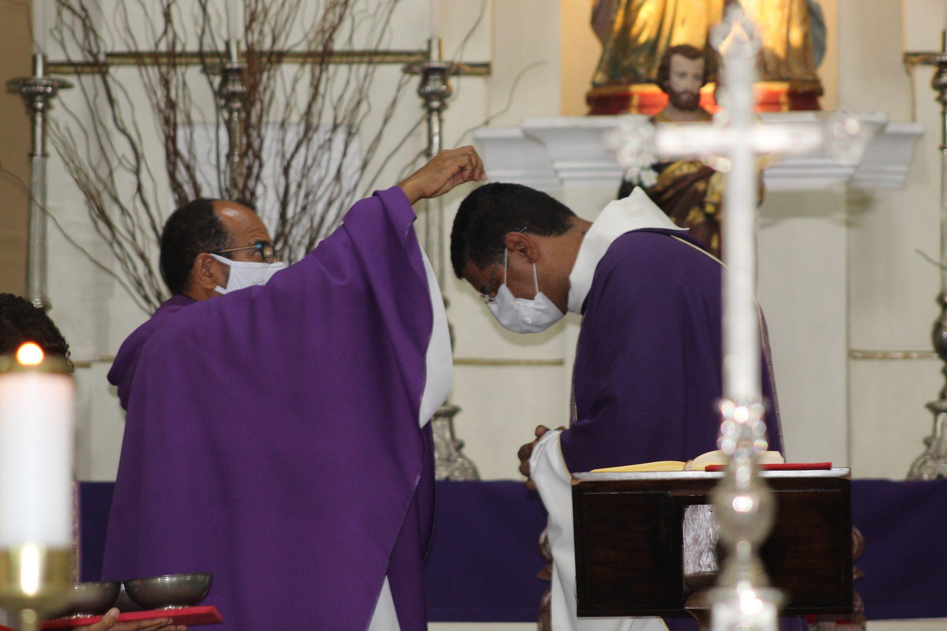 Quarta-feira de Cinzas | Santa Missa | 17/02/2021 - 17h