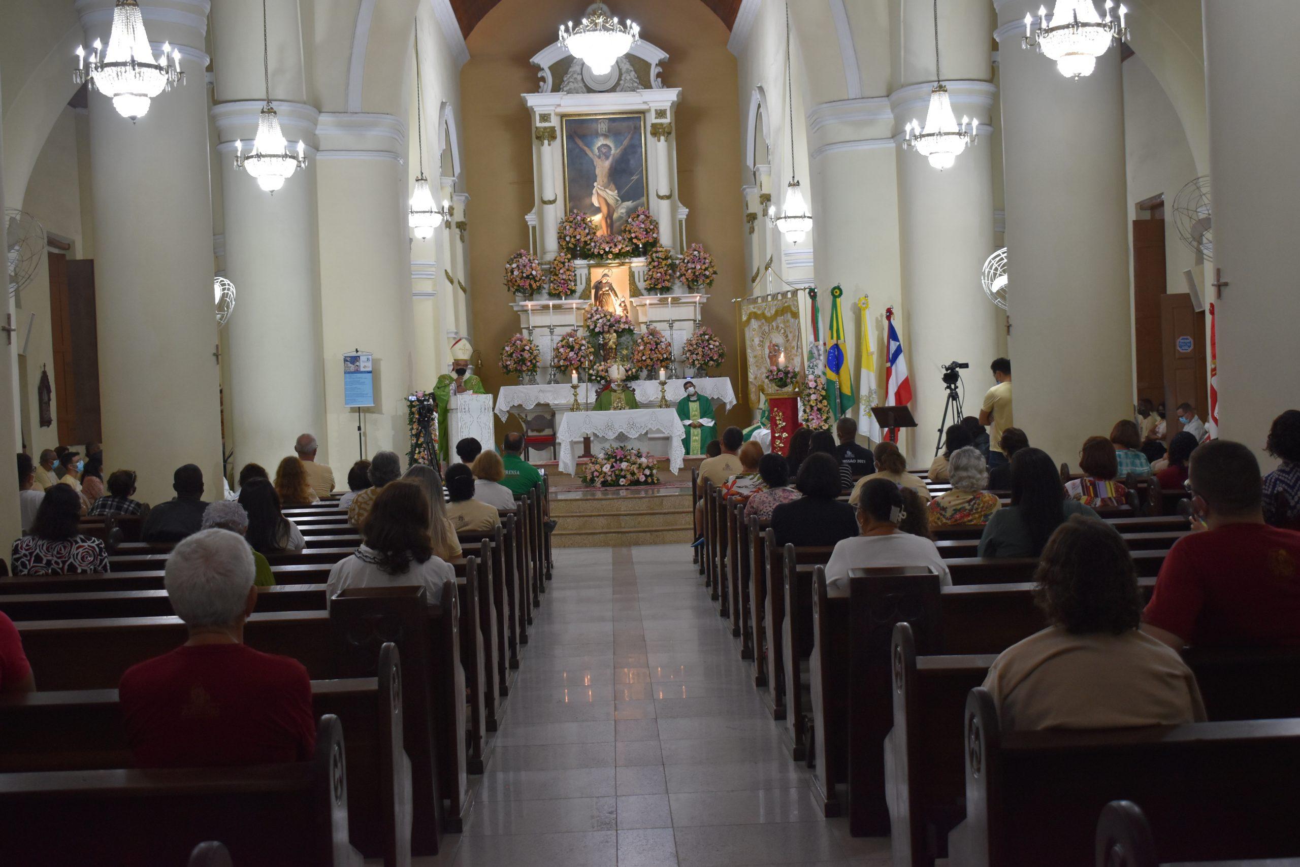 Readequada às Normas para Celebrações na Catedral de Sant'Ana